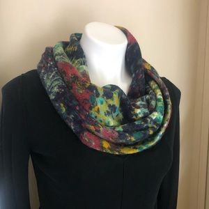 Anthropologie Madison 88 Infinity Floral Scarf